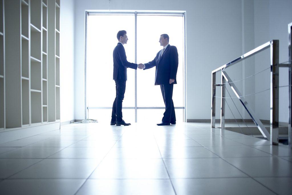 売れないと悩む営業マンは責任という言葉と向き合ってみてください。